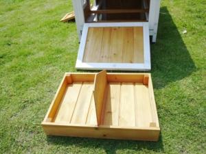 Legenest mit 2 getrennten Abteilen. Seitenwand lässt sich öffnen.