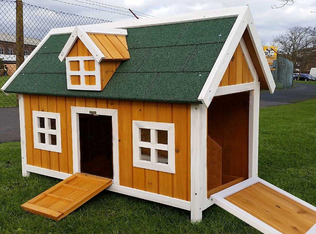 cocoon h hnerstall f r 2 h hner kleine scheune. Black Bedroom Furniture Sets. Home Design Ideas